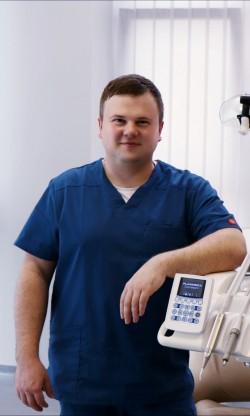 Dr. Viktors Stepanovs, DDS